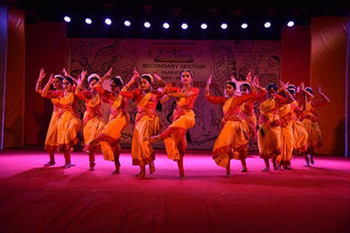 Fravashi Academy-Dance