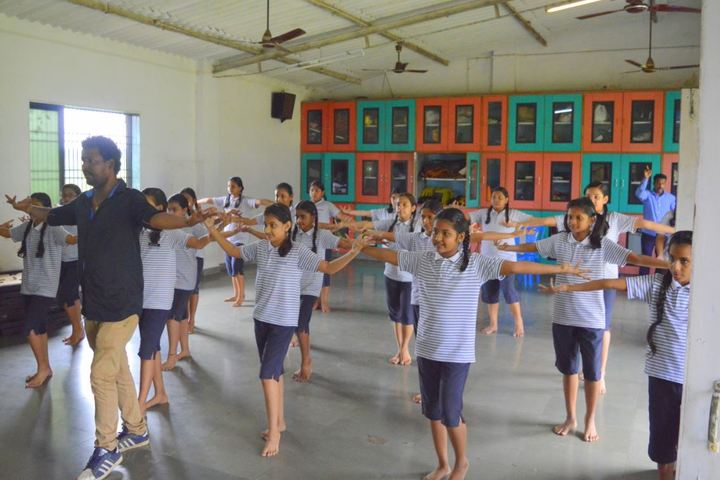 Presidency School-Dance