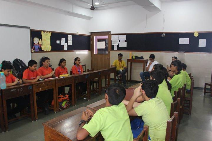 Shishuvan English Medium School-Debate