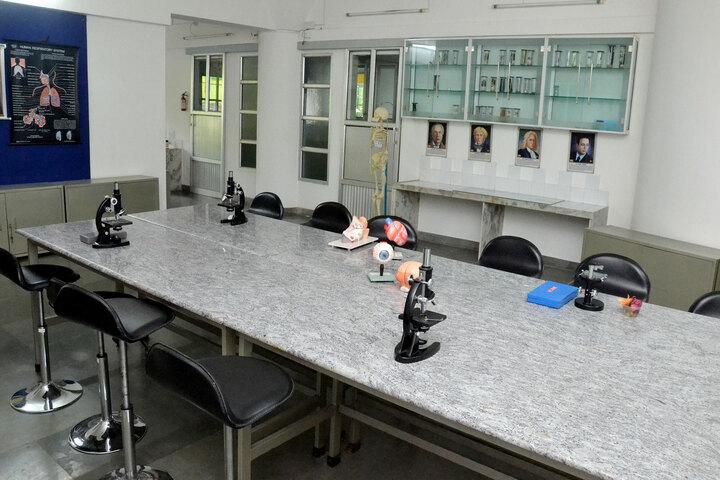 S A S Billabong High School-Biology Lab