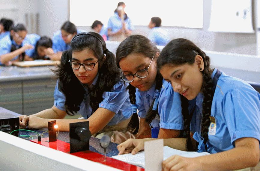Thakur International School-Physics Lab
