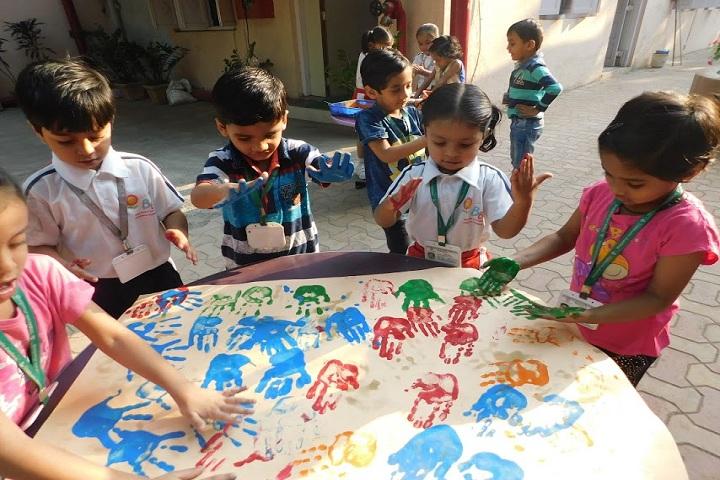 Childrens Academy-Hand Prints