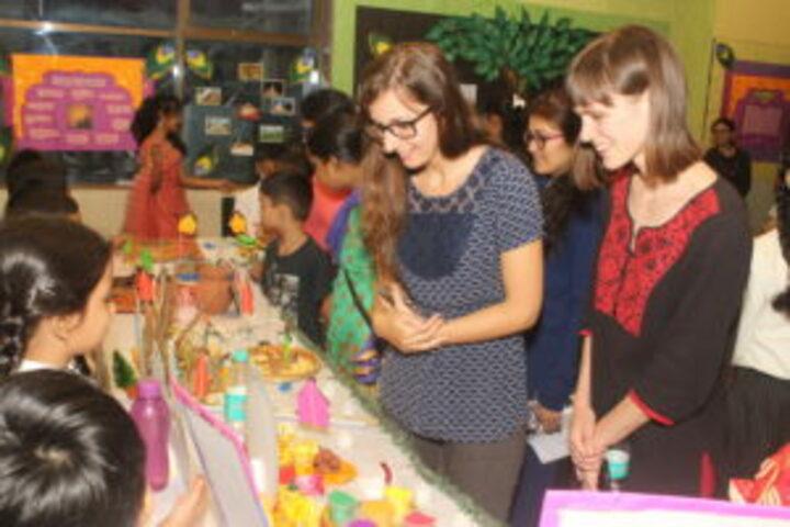 Universal High School-Science Fair