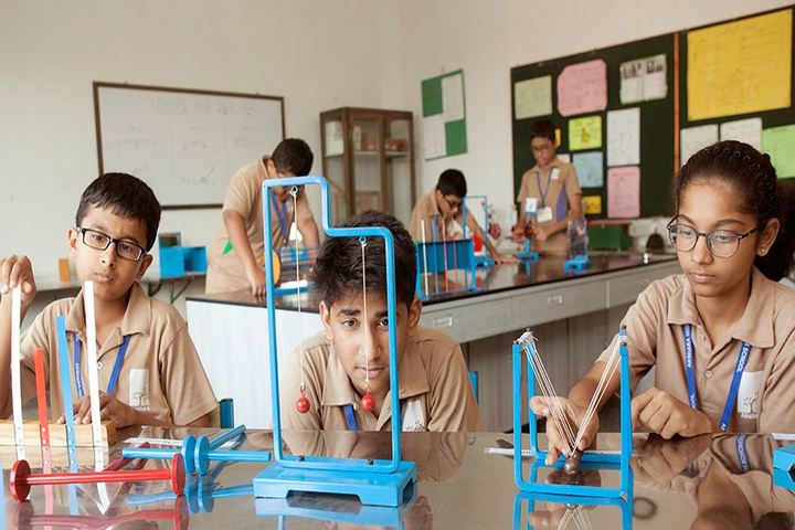 Akshara High School-Lab