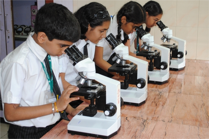 Universal High School-Science Lab
