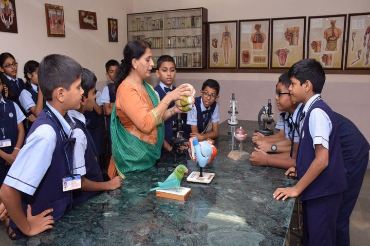 Smt H M Nanavati English High School-Biology Lab