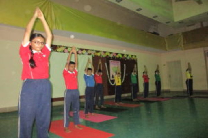 Smt H M Nanavati English High School-Yoga