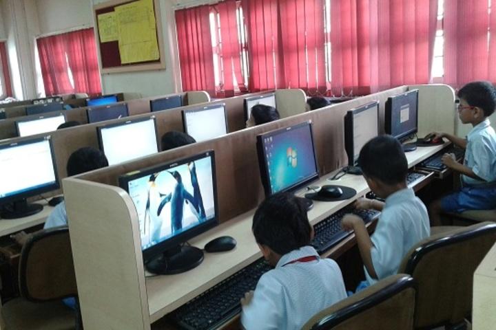 Indian Education Societys Manik Vidyamandir-Computer Lab