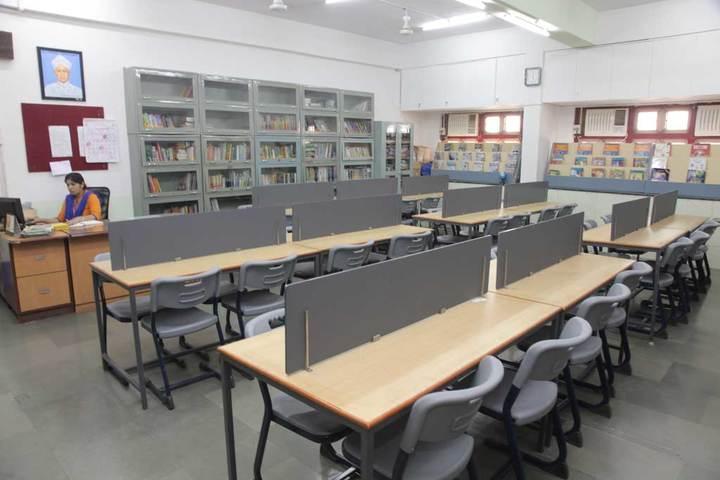 Indian Education Societys Manik Vidyamandir-Library