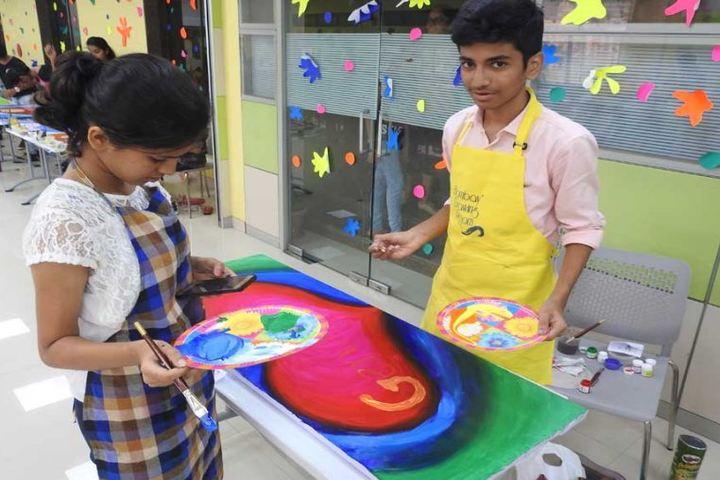 Indian Education Societys Manik Vidyamandir-Painting