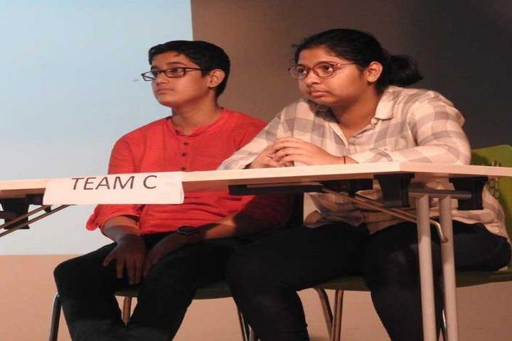 Indian Education Societys Manik Vidyamandir-Quiz