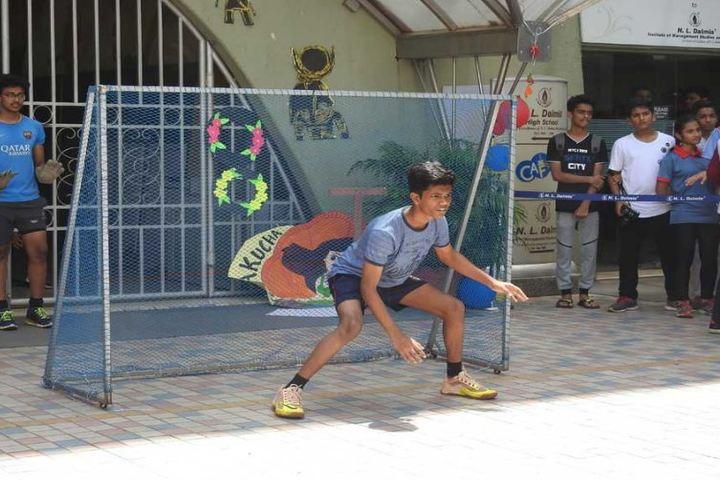Indian Education Societys Manik Vidyamandir-Sports