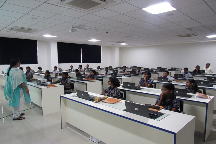 Pawar Public School-Computer Lab