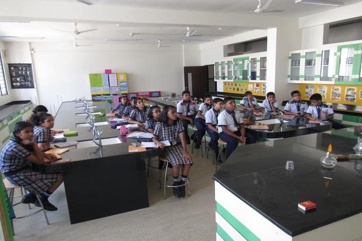 Pawar Public School-Physics Lab