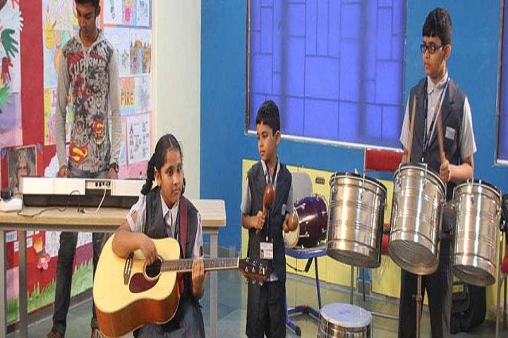 Rassaz International School-Music class
