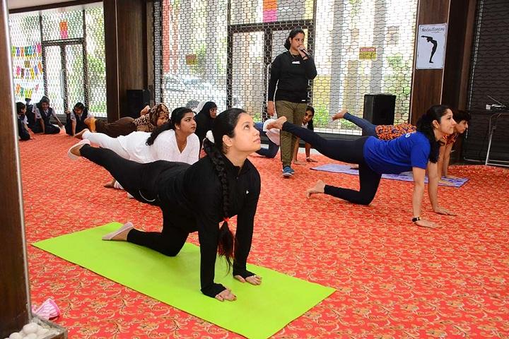 Rassaz International School-Yoga