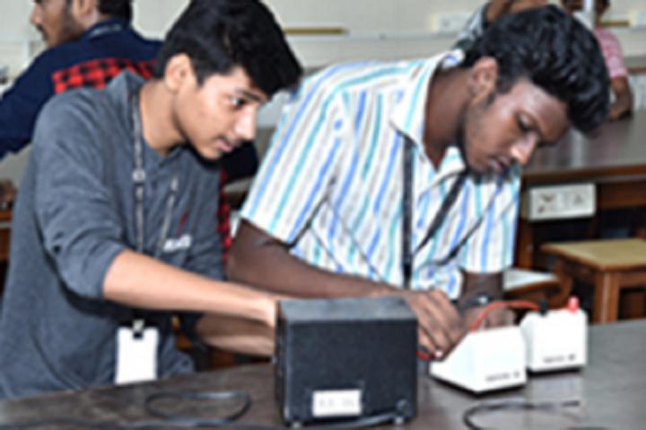 Swami Vivekanand International School And Junior College-Electronics Lab