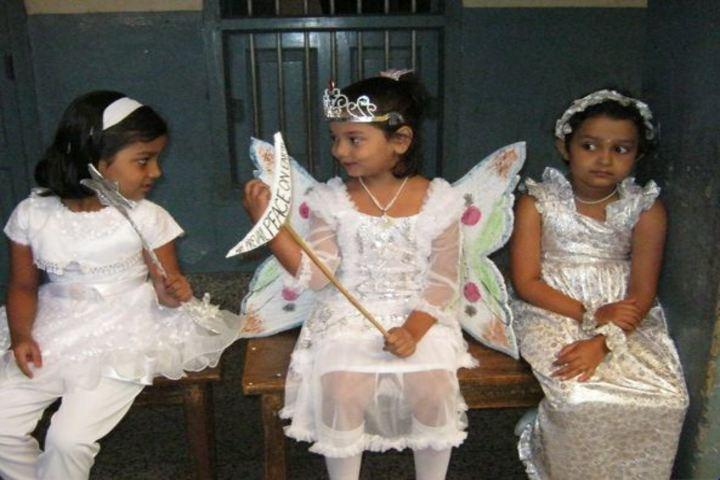 Queen Marys School-Fancy dress
