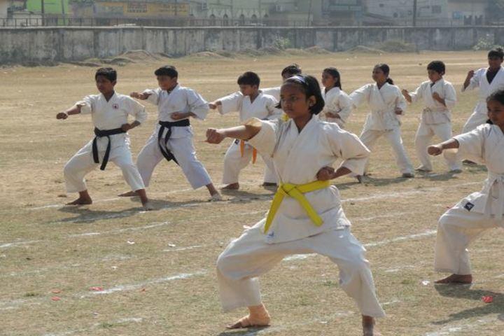 Queen Marys School-Karate