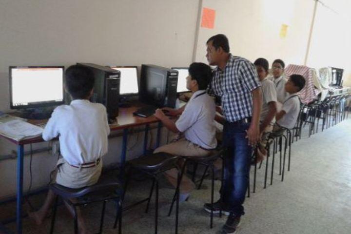 Amarvani School - Computer lab