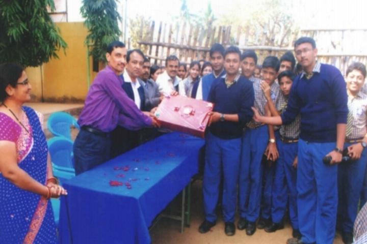 Happy Home School-Gift