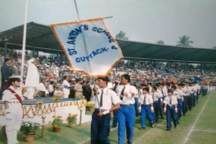 St Antonys School-March past