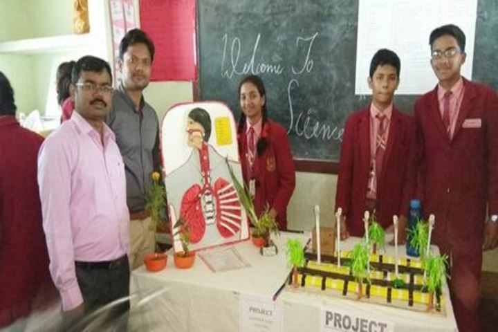 Saint Thomas English School - Science Exhibition