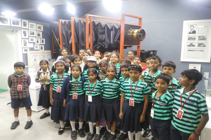 Aklavya International School - Educational Tour