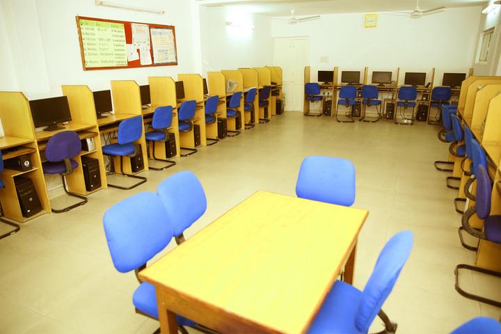 S D Model School-Computer Lab