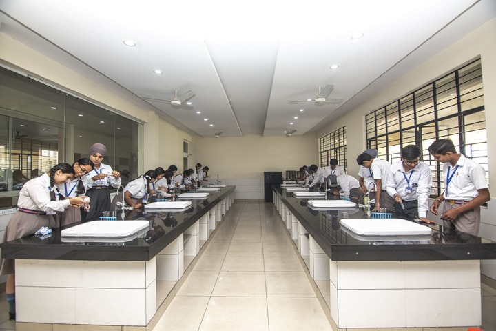 Holy Angels School - Chemistry Lab