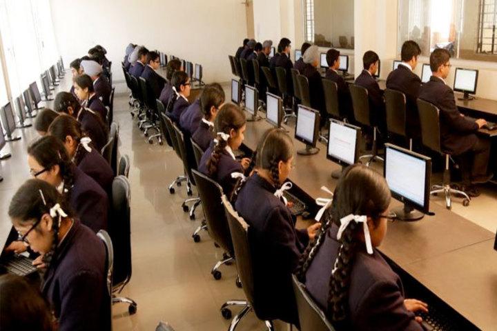 Holy Angels School - Computer Lab