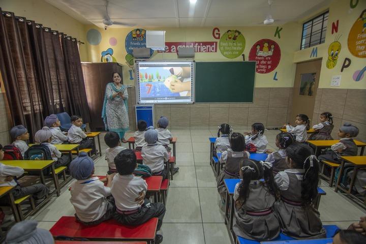 Holy Angels School - Smart Class