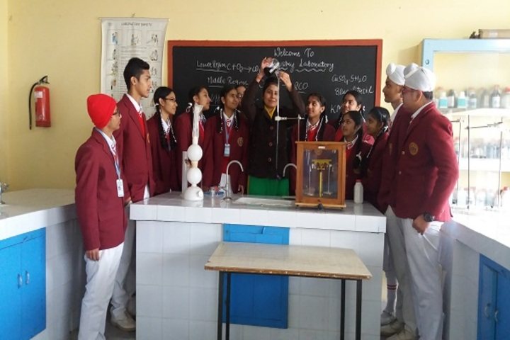 Christ The King Convent School-Chemistry Lab