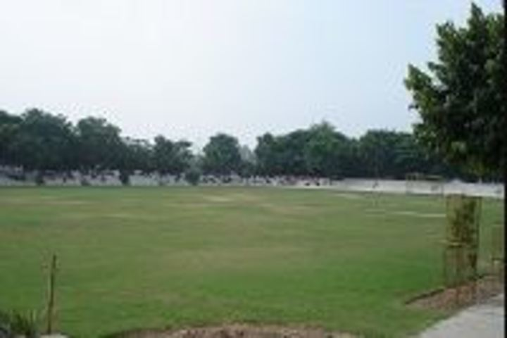 St Xaviers High School-Garden