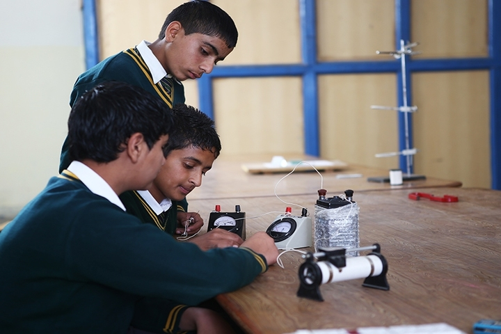 Punjab International Public School-Science Lab