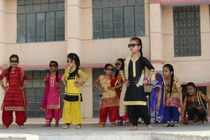 Sacred Heart Convent School-KG Chindren Performance