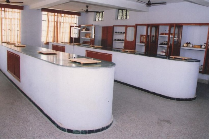 Sacred Heart Convent School-Physics Lab