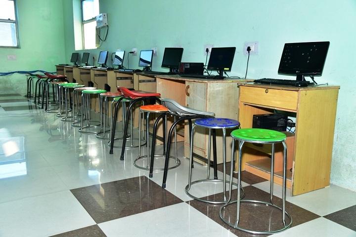 Revel Dale Public School-Computer Lab