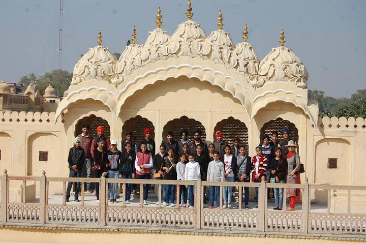 Jogindra Convent School-Tour to Jaipur
