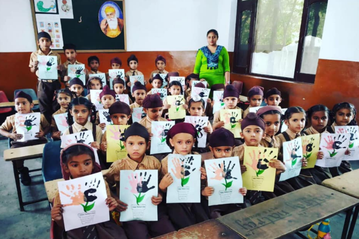 Guru Gobind Singh Convent School-Activity Class