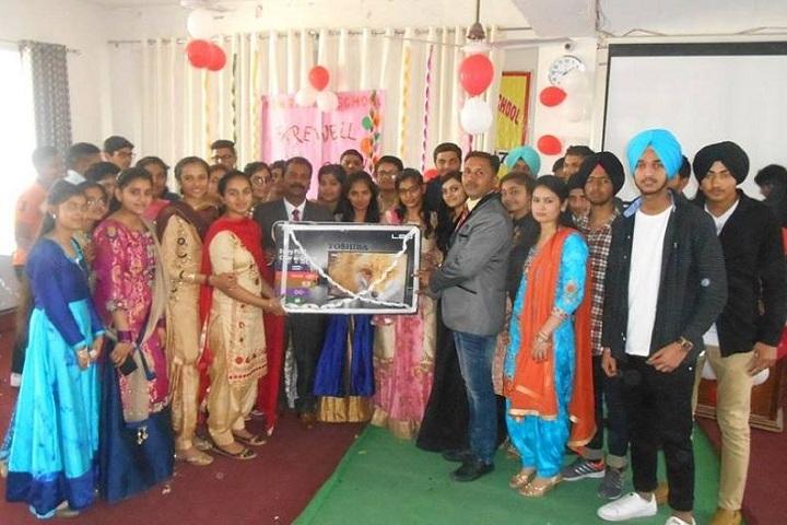 Sant Baba Hari Singh Model School-Farewell