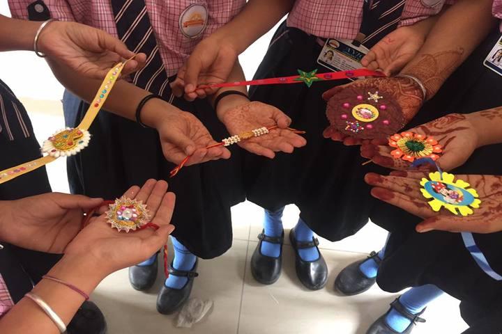 Avior Convent School-Rakhi Making