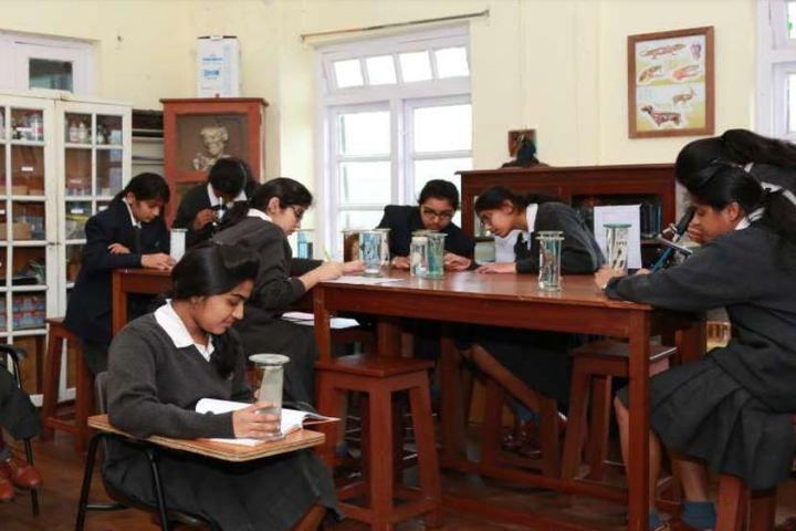 St Hildas School-Biology Lab