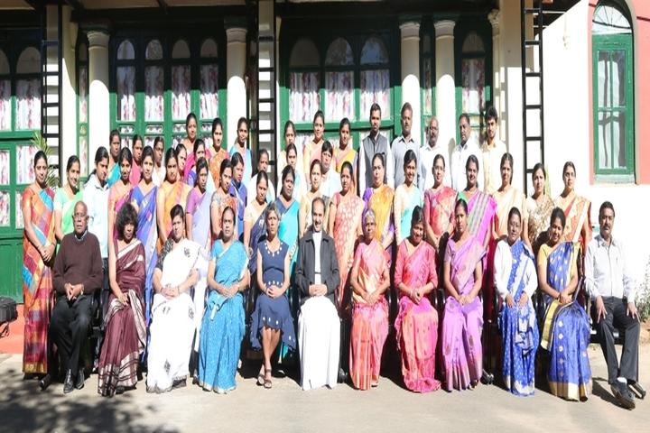 St Hildas School-Faculty