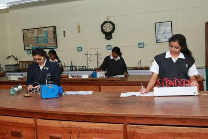 St Hildas School-Physics Lab