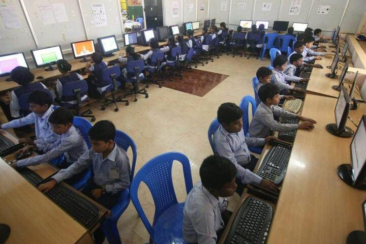 Jeevana School-Computer Lab