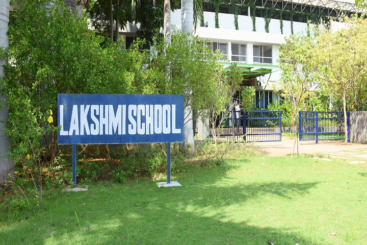 Lakshmi School-Campus View2