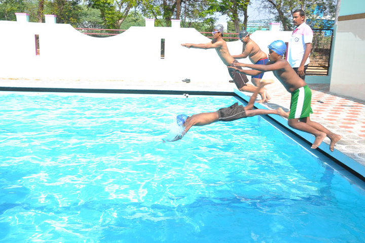 Idhayam Rajendran Residential School-Swimming Pool