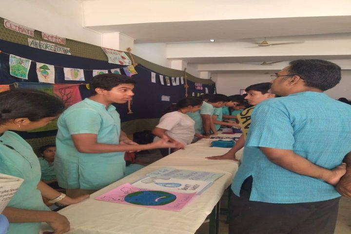 Chettinad Hari Shree Vidyalayam-Book Fair