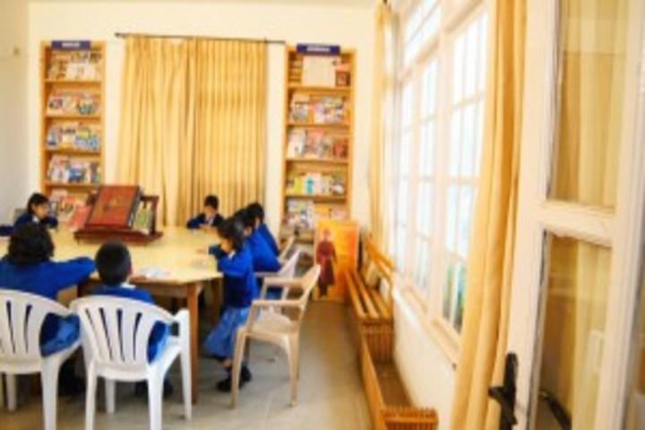 Crescent Castle Public School-Library